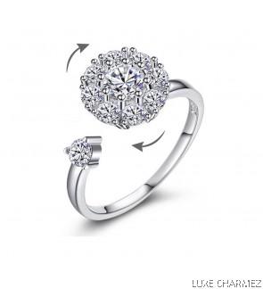 Sparks Spinner Ring